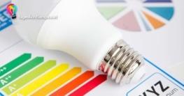 Stromverbrauch Tageslichtlampe - Birne auf einem Diagram, dass die Energieeffizienz von LED Tageslichtlampen angibt